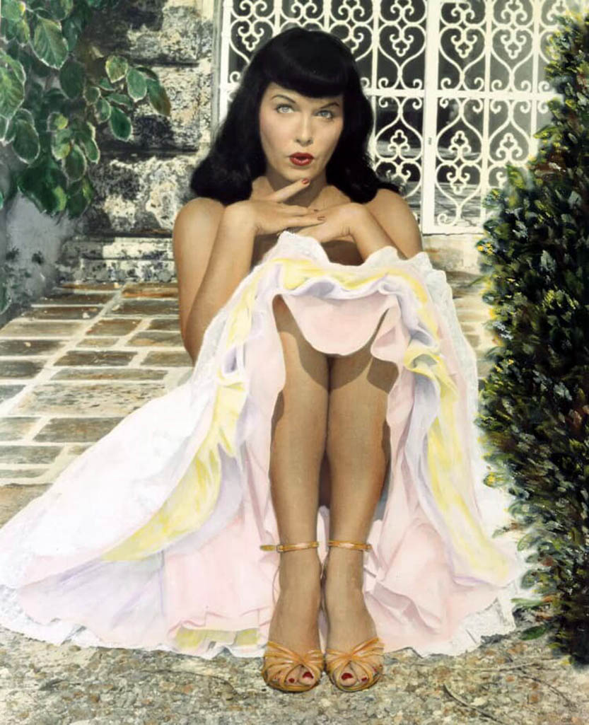 Bettie Page and Bunny Yeager Miami 9